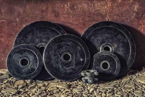 sports-fitness-body-building-iron-161557.jpeg